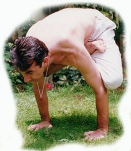 yoga_handstand-260x300